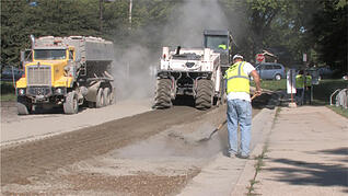 asphalt-paving-in-wisconsin-benefits-the-community
