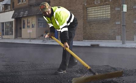 Top benefits of choosing the asphalt industry for employement