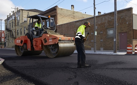 commerical parking lot paving