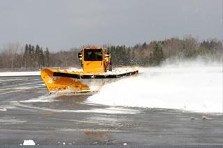 prepare-asphalt-for-snow